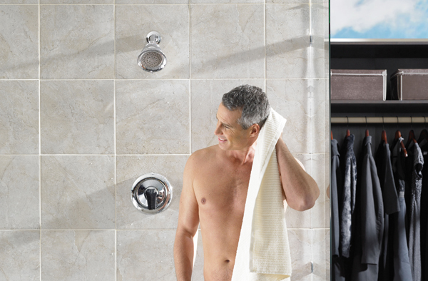man toweling off the back of his neck